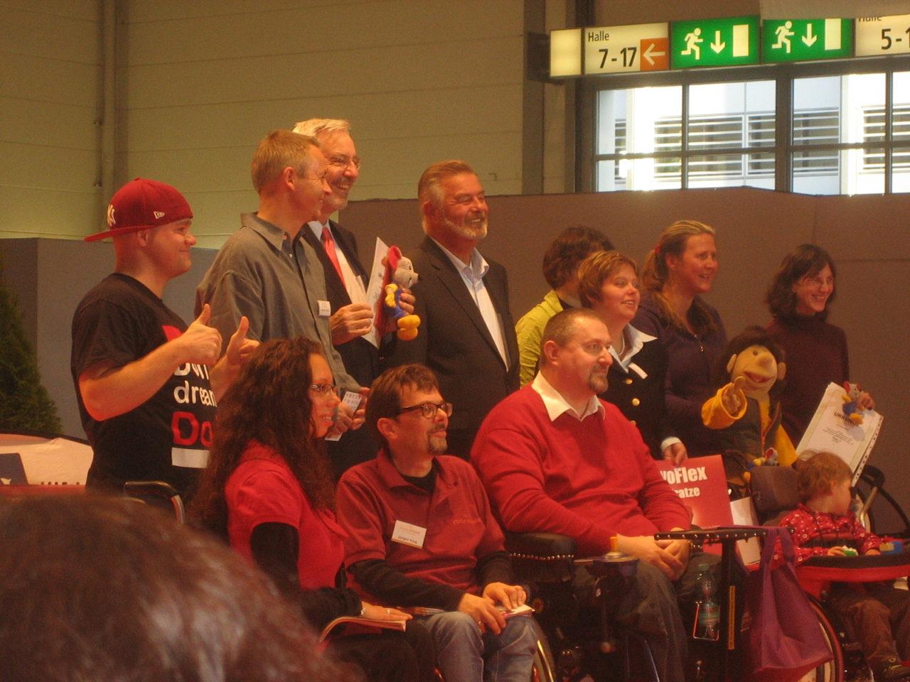 Hier Johannes Vetter in der Mitte der Preisträger